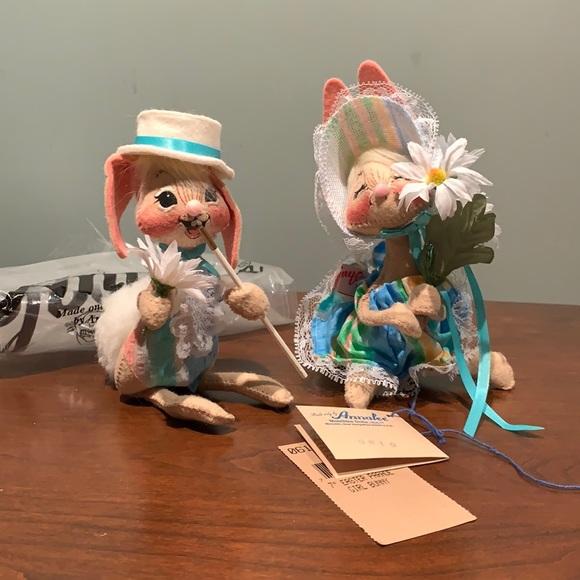 """Annalee 7"""" Easter Parade Girl Boy Bunny set NWT"""